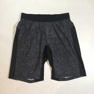 "Lululemon Mens Size L T.H.E. Short 11"" Shorts"